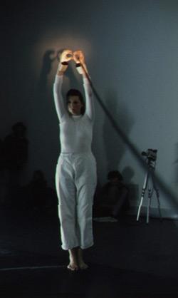 Ulrike Rosenbach, Die einsame Spaziergängerin, 1979