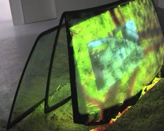 Reise ins Nirvana (2003), Videoskulptur